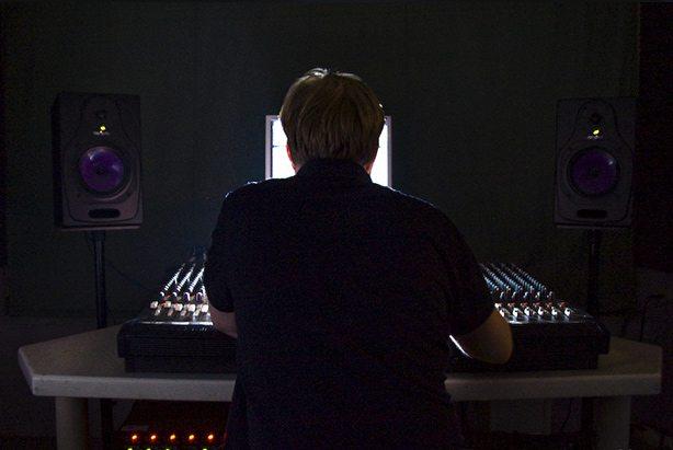 Домашняя студия звукозаписи: 5 советов, которые помогут вам записывать музыку лучше